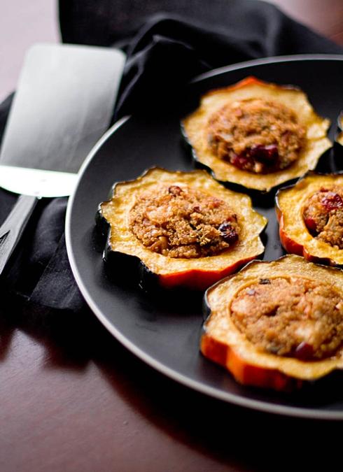 quinoa_stuffed_acorn_squash_rings_feature