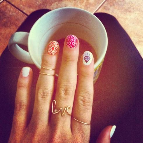 valentine nails 1